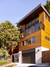 100 John Maniscalco Grey Roof With Teak Siding