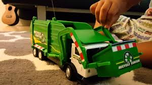 √ Remote Control Garbage Truck, NKOK Full Function Radio Control ...