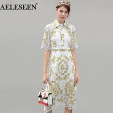 Luxury Vintage White Lace Dresses 2018 Spring Fashion Short Peter Pan Collar Hollow Gold Line Embroidery