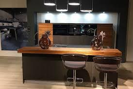 next125 musterküche küche mit keramik front und bora