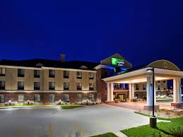 The Breslin Bar And Dining Room Tripadvisor by Holiday Inn Express U0026 Suites East Lansing Hotel By Ihg