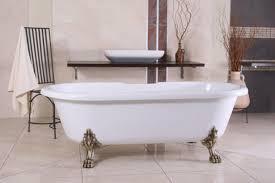 freistehende luxus badewanne jugendstil weiß altgold barock badezimmer