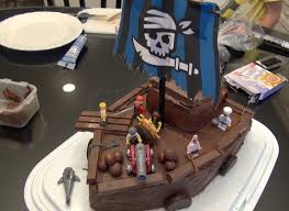 How to Make a cool Lego Pirate Birthday Cake e71