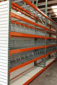 Retail Rack With Wire Basket Display Structural Column Protector For Pallet