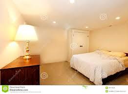 schlafzimmer ohne fenster stockbild bild ablage 38115823