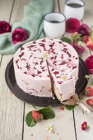 erdbeer joghurt torte direkt ab in den erdbeerhimmel