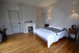 chambre parquet suites spacieuse et chambres confortables pour séjour de charme ou
