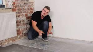 vinylboden auf fliesen verlegen küche bad und flur alle