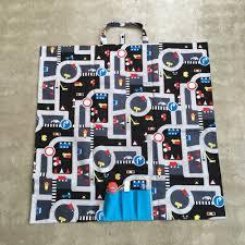 tapis de jeux voitures un tapis de jeux nomade pour voitures tuto inside 3 étoiles