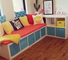 bébé é du canapé étagère kallax ikea salles de jeux chambre enfant et chambres