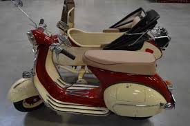 1963 VESPA SCOOTER WITH SIDECAR