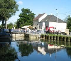 maison du canal leers nord les prometteux d biaux jours
