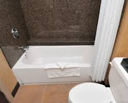 Disposable Plastic Bathtub Liners by Designs Compact Acrylic Bathtub Liners For Sale 129 Bathtub