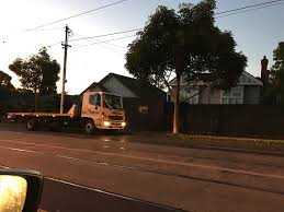 100 Tow Truck Melbourne Truck Patiently Waiting To Clean Up The Clearway More Than 20min