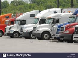 Long Trucks Stock Photos & Long Trucks Stock Images - Alamy