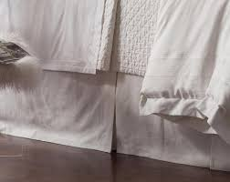 Lili Alessandra – Donna s Home Furnishings