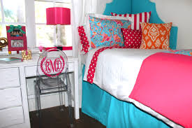 Lilly Pulitzer Bedding Dorm by Lilly Flamingo Dorm Makeover Bedding Decor 2 Ur Door