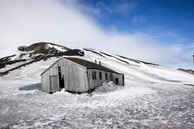 100 Antarctica House Old At Whalers Bay Mount Everest