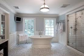 Chandelier Over Bathtub Soaking Tub by 24 Luxury Master Bathrooms With Soaking Tubs