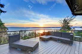 100 Panorama House Modern Two Story Panorama House Boasts Large Deck Furnished With