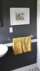 Yellow Gray Bathroom Art by I Want This In My Bathroom With Yellow Towels Amazing