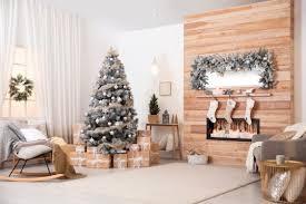 wohnzimmer idee stilvolle weihnachtsdeko am kamin