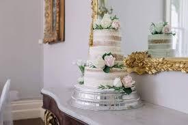 Semi Naked Cake With Fresh Flowers