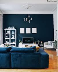 black wall ein interior trend für mutige eine schwarze wand