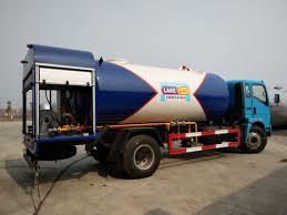 HOWO 4X2 12000 Liter Gas LPG, 12cbm 6 Ton Bobtail Propane Truck