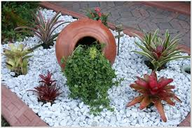 8 Best Landscaping Ideas White Marble Chips Images On Pinterest