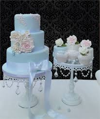 Dehlia Wedding cake by Designer Cakes of London from Designer Cakes
