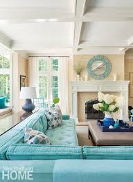 Tiffany Blue Living Room Ideas by Best 25 Turquoise Sofa Ideas On Pinterest Teal I Shaped Sofas