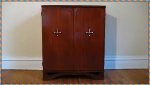 Locked Liquor Cabinet Furniture by Small Liquor Cabinet With Lock How To Key A Liquor Cabinet With