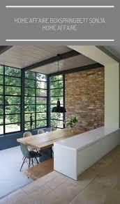 blick ins grüne wohnzimmer anbau esszimmer küche an