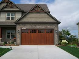 American Craftsman Style Homes Pictures by Inspired Carriage House Garage Doors Vogue Milwaukee Craftsman