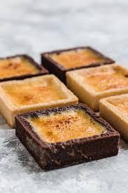 crème brûlée tarte mit schokoboden oder mandel mürbeteig