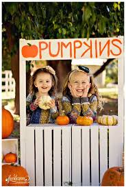 Glendale Pumpkin Patch by Cute Pumpkin And Hay Props For An October Photo Session