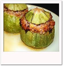 cuisiner courgette ronde courgettes rondes farcies pour 4 personnes recettes à table