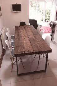 hier ist unser esstisch für 68 personen hergestellt aus