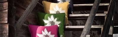 dekokissen im alpenstyle für bergfeeling am sofa nasha