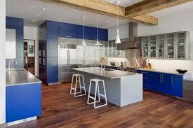 couleur armoire cuisine cuisine armoire cuisine coulissante avec vert couleur armoire
