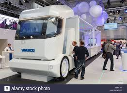 Smart Truck Stock Photos & Smart Truck Stock Images - Alamy Mahindra Blazo 49 Smart Truck Youtube Team Run Claussmarttruckad Neos Marketing Parking Blazo Indias First Monishchdan The Worlds Best Photos Of Smart And Truck Flickr Hive Mind Imc Connected Transportation News Rev Launches Platform For 5 Great Routes Selfdriving Truckswhen Theyre Ready Wired Smarttruck Creates Improved Trailer Aerodynamics System