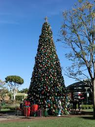 When Does Disneyland Remove Christmas Decorations by Mouseplanet Disneyland Resort Update By Adrienne Vincent Phoenix