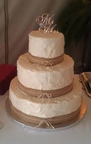 Country Wedding Cake Idea With Browning Female And Male Deer On Top Or People
