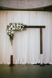 Effortlessly Chic Portland Wedding Diy Arch