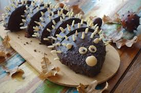 kreativ backen für kinder kuchen igel linzersmileys