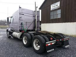 100 Top Trucks Llc 2010 VOLVO VNL64T630 Bechtelsville PA 120690800