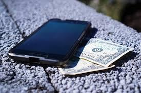 Best Bud Smartphone Moto G5s Plus Mi A1 or Nokia 6 Geekyfied
