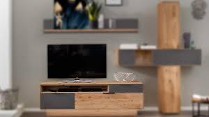 interliving wohnzimmer serie 2005 lowboard mit sockel asteiche anthrazitfarbenes glas eine klappe zwei schubladen