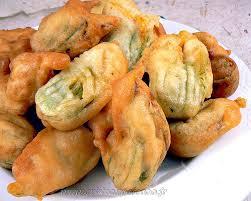 cuisine de courgettes beignets de fleurs de courgettes une cuisine pour voozenoo